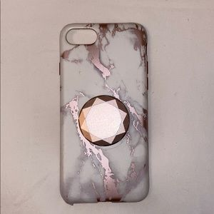 iPhone 7/8 phone case with a pop socket